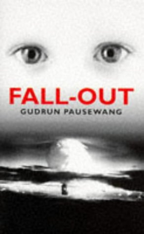 9780140380088: Fall-out (Puffin Teenage Books)