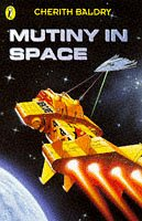 9780140384895: Mutiny in Space (Puffin Surfers)