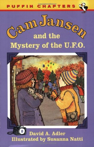 9780140385793: Cam Jansen: The Mystery of the U.F.O. #2