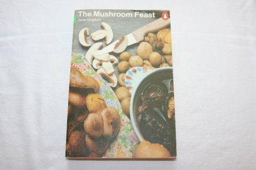 9780140462739: The Mushroom Feast