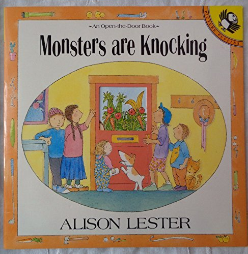 9780140549676: Monsters are Knocking: Lift-the-Flap