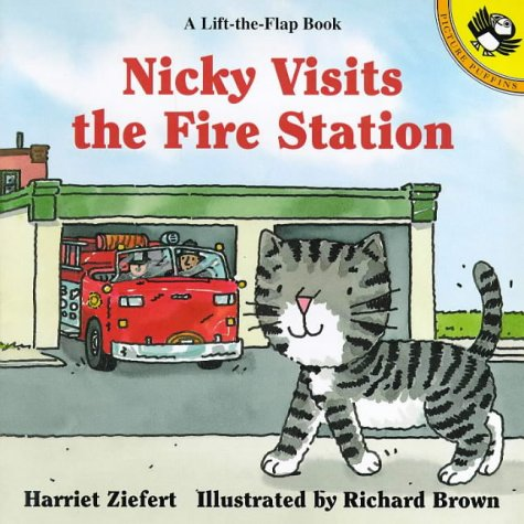 9780140561586: Nicky Visits the Fire Station (Picture Puffin)