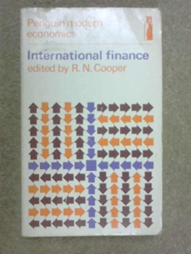 9780140800340: International Finance (Modern Economics)