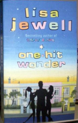 9780141001173: One-Hit Wonder