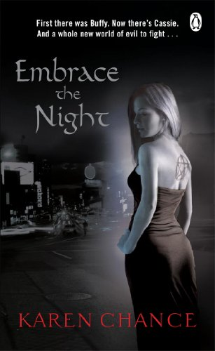 9780141037752: Embrace The Night