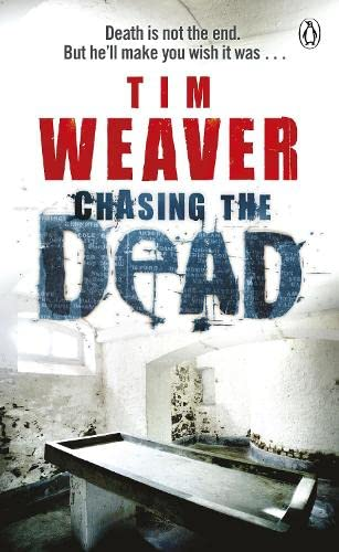 9780141042435: Chasing the Dead