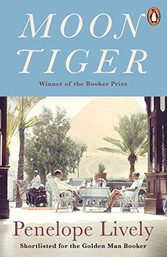 9780141044842: Moon Tiger (Penguin Essentials)