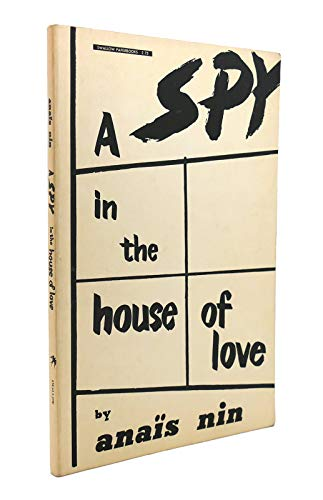 9780141188072: A Spy in the House of Love