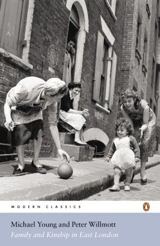 9780141189123: Modern Classics Family Kinship In East London (Penguin Modern Classics)