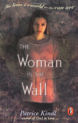 9780141301242: The Woman in the Wall