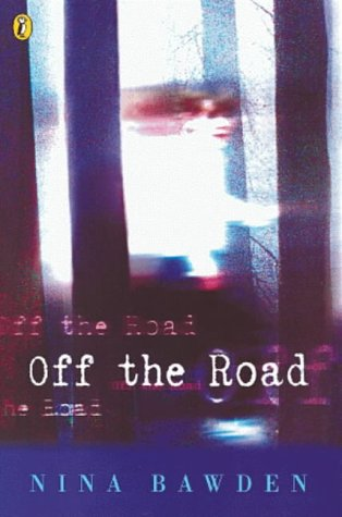 9780141302218: Off the Road