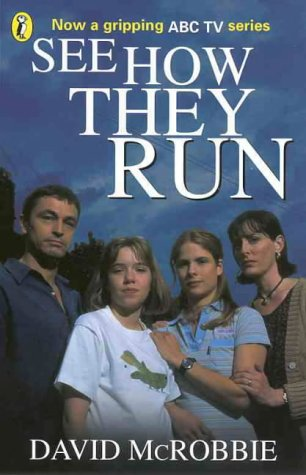 9780141303338: See How They Run