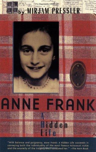9780141312262: Anne Frank: A Hidden Life