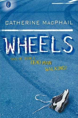 9780141314723: Wheels (Puffin Modern Classics)
