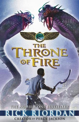9780141335650: The Throne of Fire (The Kane Chronicles, Book 2) (French Edition)