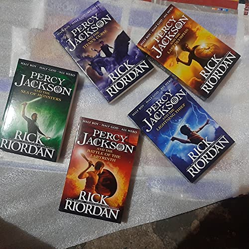 9780141352022: Percy Jackson: Complete Series Box Set