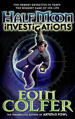 9780141382708: Half Moon Investigations