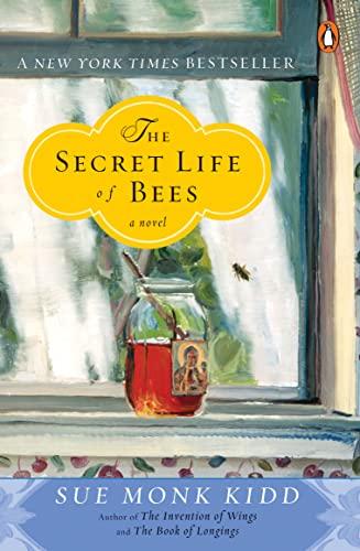 9780142001745: SECRET LIVES OF BEES