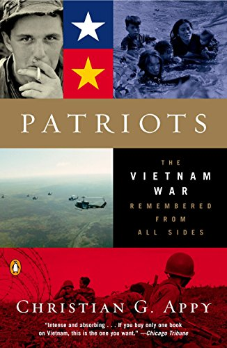 9780142004494: Patriots: The Vietnam War Remembered from All Sides