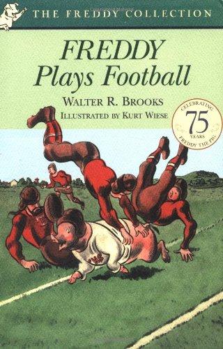 9780142302071: Freddy Plays Football (Freddy Books)