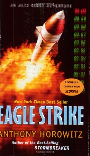 9780142402924: Eagle Strike (Alex Rider Adventure)