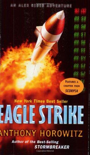 9780142402924: Eagle Strike (Alex Rider Adventures)