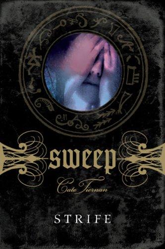9780142410240: Strife (Sweep, No. 9)