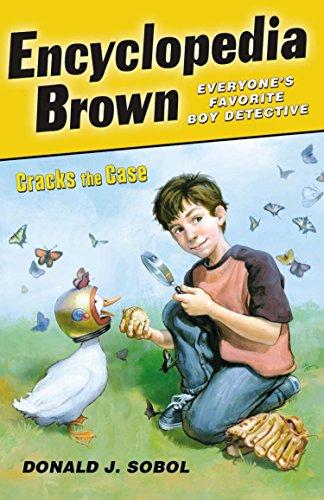 9780142411674: Encyclopedia Brown Cracks the Case