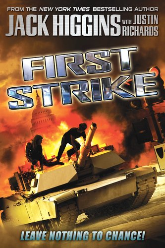9780142419090: First Strike