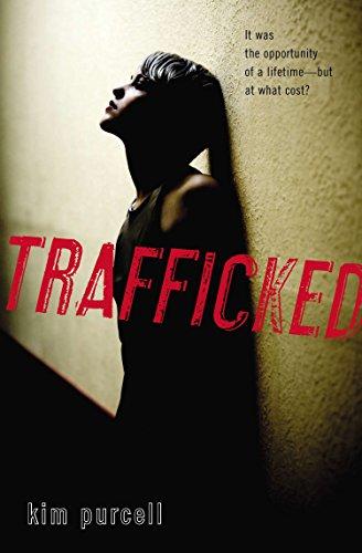 9780142424162: Trafficked