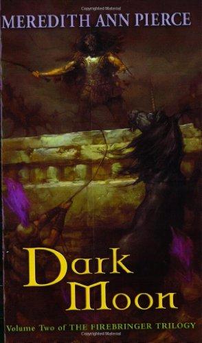 9780142500576: Dark Moon (Firebringer Trilogy)