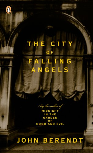 9780143036944: The City of Falling Angels: (International export edition)