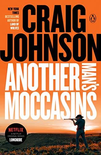 9780143115526: Another Man's Moccasins (Walt Longmire Mysteries)
