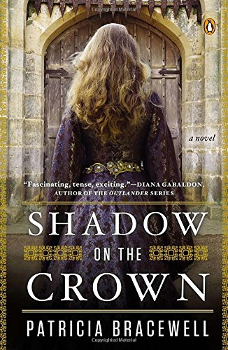 9780143124351: Shadow on the Crown: A Novel