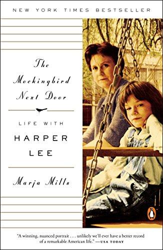 9780143127666: The Mockingbird Next Door: Life with Harper Lee