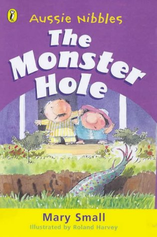 9780143300267: The Monster Hole (Aussie Nibbles)