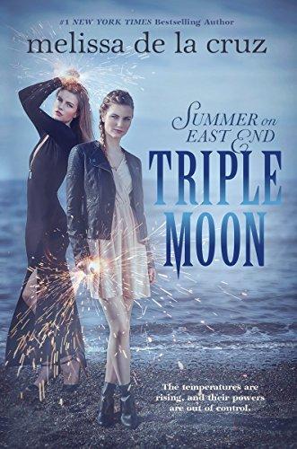 9780147515384: Triple Moon