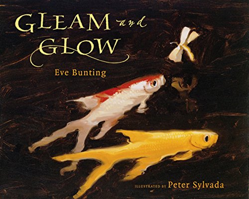 9780152025960: Gleam and Glow