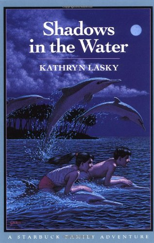 9780152735340: Shadows in the Water: A Starbuck Family Adventure, Book Two