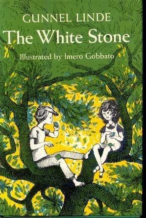 9780152959104: The White Stone