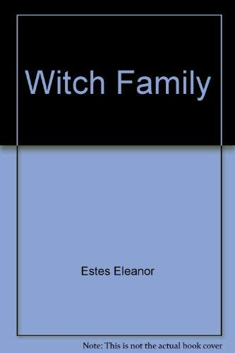 9780152985745: Witch Family