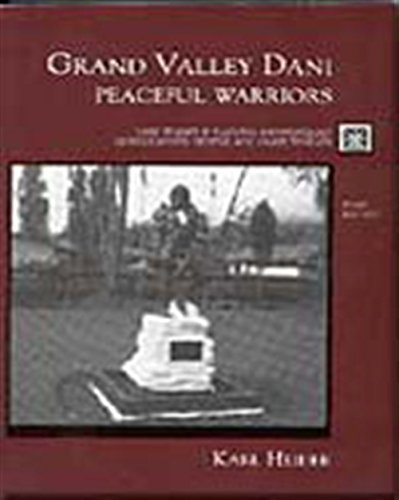 9780155051737: Grand Valley Dani: Peaceful Warriors (Case Studies in Cultural Anthropology)