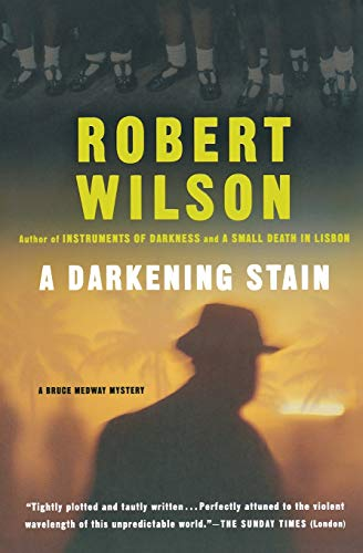 9780156011310: A Darkening Stain (Bruce Medway Mystery Series)