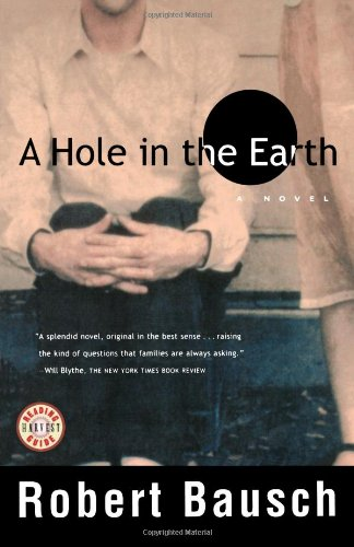 9780156011846: A Hole in the Earth