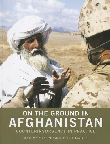 9780160902581: On the Ground in Afghanistan: Counterinsurgency in Practice
