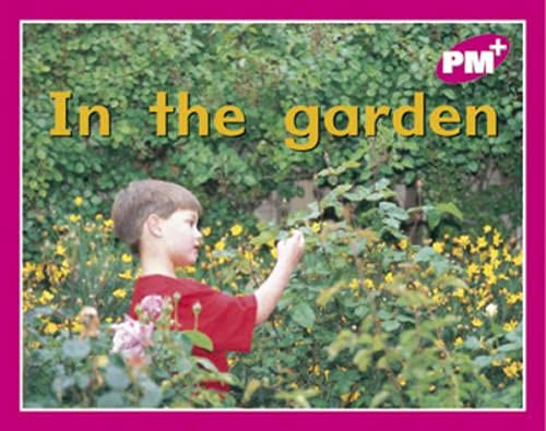 9780170095280: PM PLUS MAGENTA 1 FCN IN THE GARDEN x 6: In the Garden PM PLUS Magenta 1: 10
