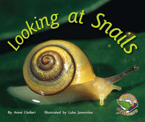 9780170112574: Looking at Snails