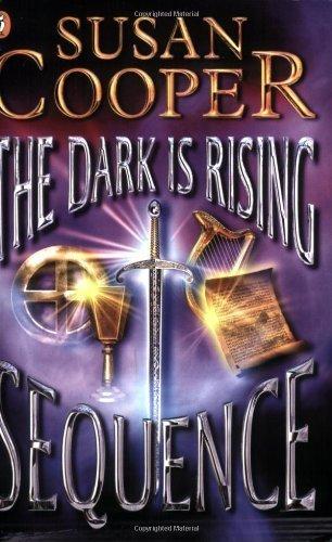 9780174325314: Dark is Rising (M Books)
