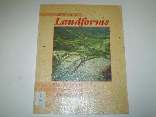 9780174440673: Looking at Landforms