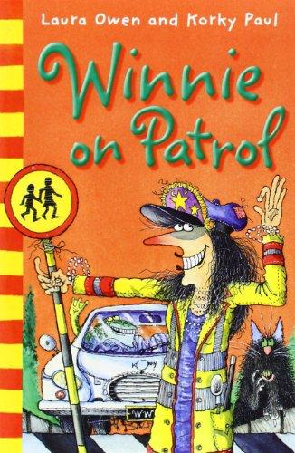 9780192729125: Winnie on Patrol (Winnie the Witch)